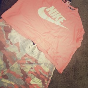 Nike our fit top n bottom one price